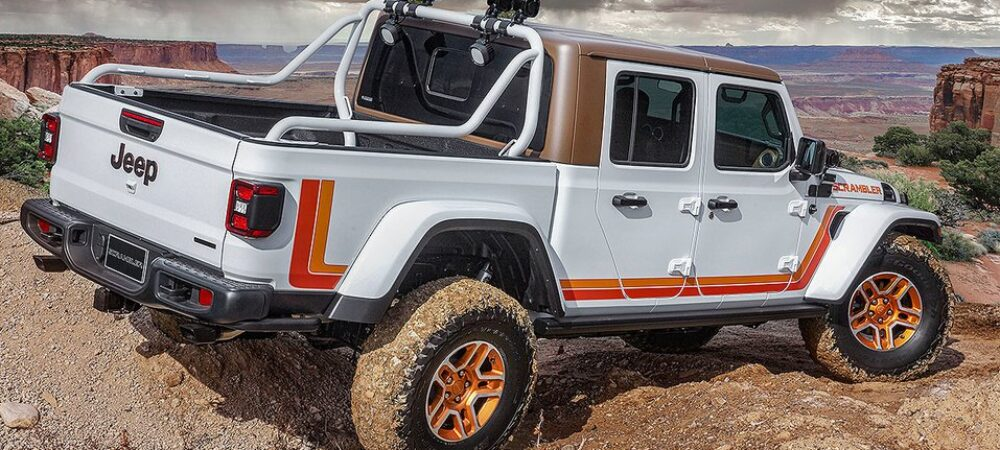 2019 Jeep Moab Graphic 2